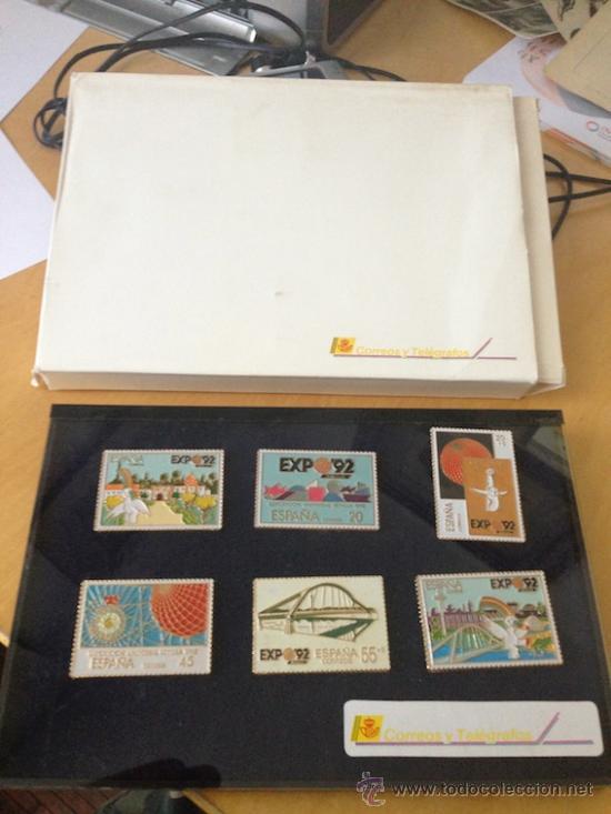 PINS DE LOS SELLOS CONMEMORATIVOS EXPO 92 EN SU CAJA. . (Sellos - Colecciones y Lotes de Conjunto)