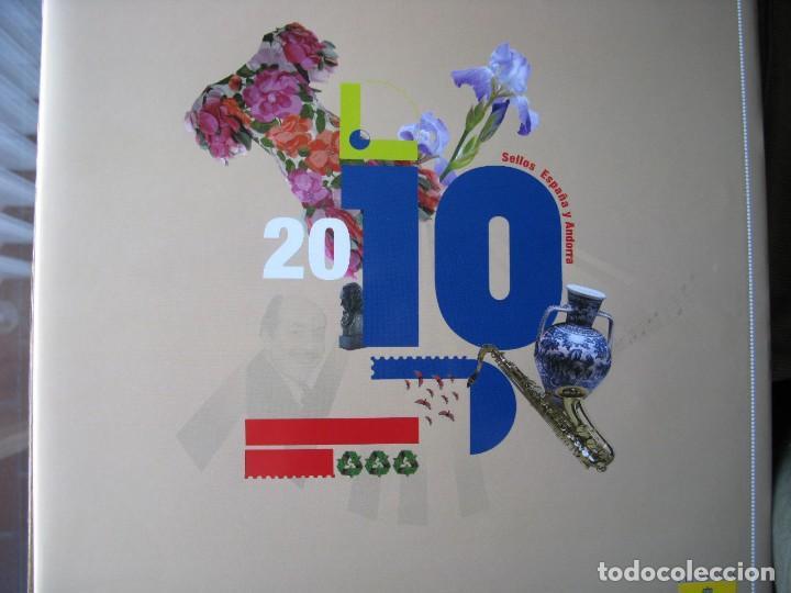 LIBRO SELLOS ESPAÑA Y ANDORRA 2010 (Sellos - Colecciones y Lotes de Conjunto)