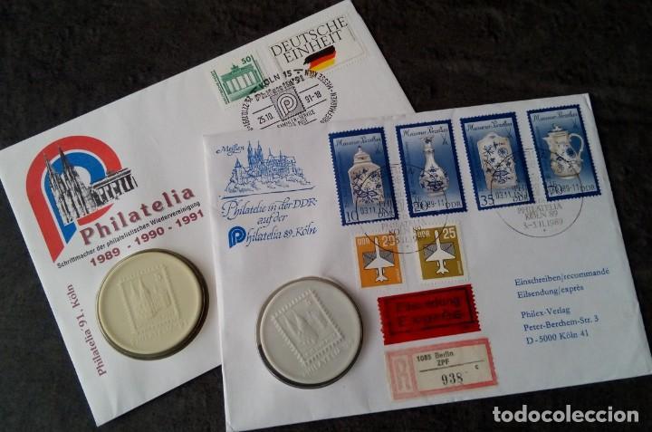 LOTE DE 2 MEDALLONES DE PORCELANA DE LA FILATELIA AÑO 89 EN LA ALEMANIA DEMOCRATICA Y 91 EN COLONIA (Sellos - Colecciones y Lotes de Conjunto)