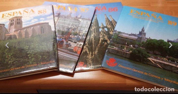 Sellos: COLECCION COMPLETA DE CARPETAS Y LIBROS DE CORREOS ANUALES NUEVOS Y COMPLETOS 1978-2017 - Foto 3 - 119583943