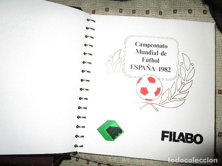 Sellos: 3 tomos ALBUM SELLOS completo MUNDIAL FUTBOL 82 TOMO 1 .2 Y 3 COMPLETO FILABO BUENA CONSERVACION - Foto 3 - 134025674