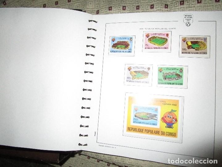 Sellos: 3 tomos ALBUM SELLOS completo MUNDIAL FUTBOL 82 TOMO 1 .2 Y 3 COMPLETO FILABO BUENA CONSERVACION - Foto 8 - 134025674