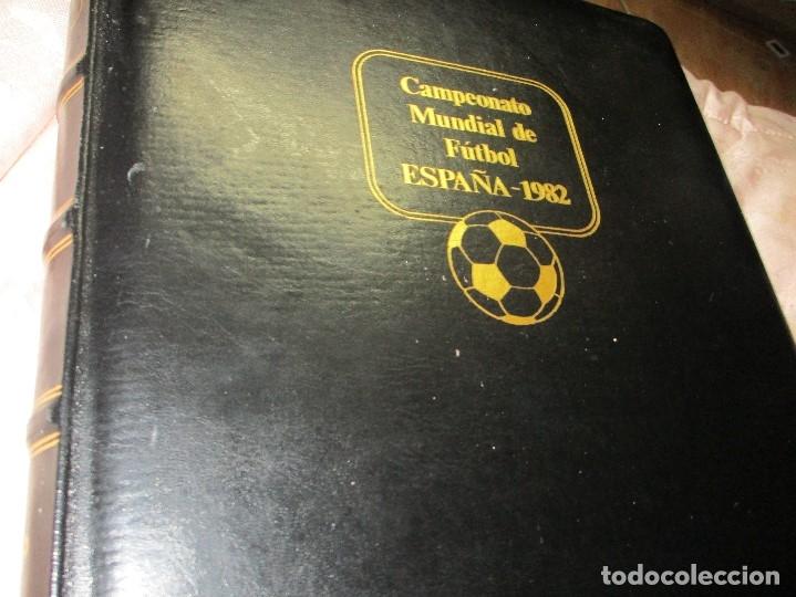Sellos: 3 tomos ALBUM SELLOS completo MUNDIAL FUTBOL 82 TOMO 1 .2 Y 3 COMPLETO FILABO BUENA CONSERVACION - Foto 2 - 134025674