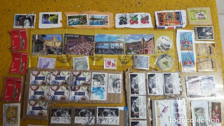 Sellos: sello,s varios , lote,s , usados , matasellados , españoles y estranjeros ... - Foto 2 - 151232846