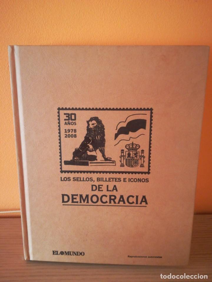 LOS SELLOS, BILLETES E ICONOS DE LA DEMOCRACIA. ( INCOMPLETO) (Sellos - Colecciones y Lotes de Conjunto)