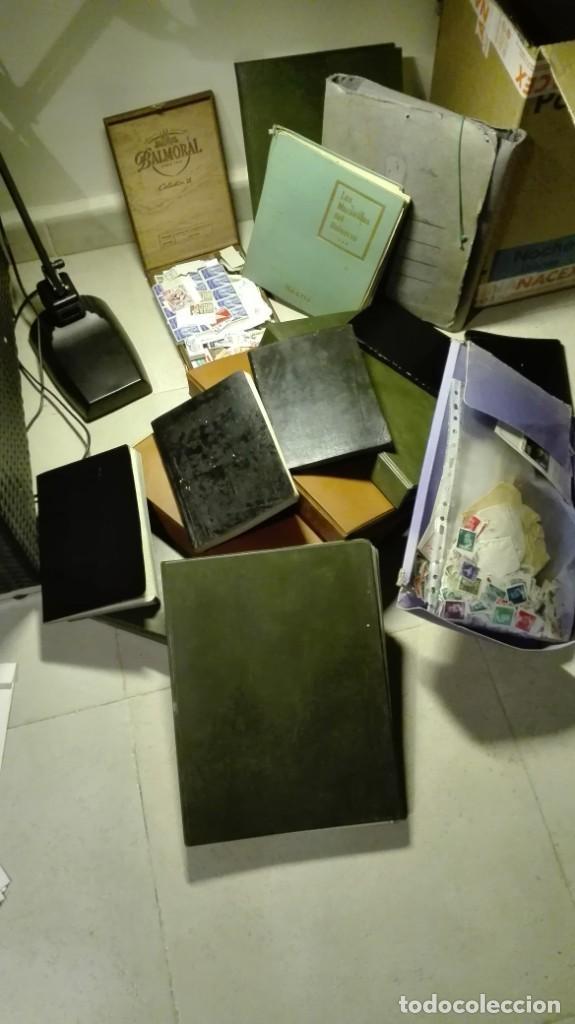 Sellos: Coleccion de miles de sellos del abuelo y mas - Foto 2 - 200878297