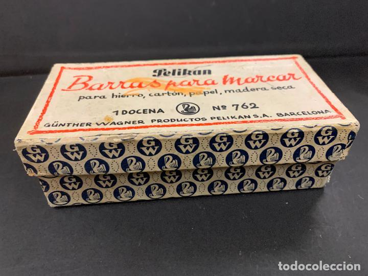 Sellos: Antigua caja Pelikan, llena de timbres o sellos. Proviene de una antigua fabrica.Ideal coleccionismo - Foto 5 - 215235030