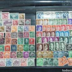 Sellos: ALEMANIA NAZI III REICH. 2 HOJAS CON MÁS DE UN CENTENAR DE SELLOS. Lote 220126580