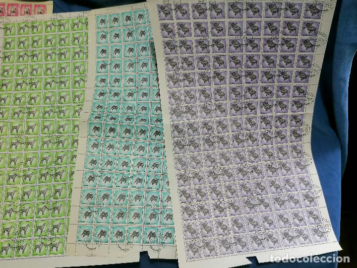 Sellos: Album hojas sellos Resto Coleccion Lote 4200 sellos mundiales en Hojas Pliego Mundial - Foto 19 - 241085420