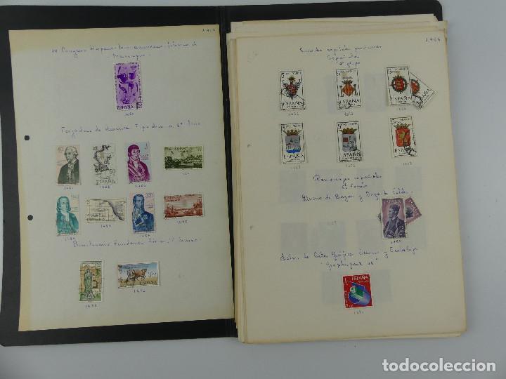 ALBUM CUADERNO CON COLECCION DE SELLOS (Sellos - Colecciones y Lotes de Conjunto)