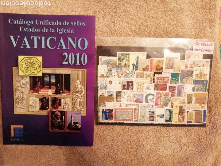 LOTE DE VATICANO CATÁLOGO Y 50 SELLOS NUEVOS (Sellos - Colecciones y Lotes de Conjunto)