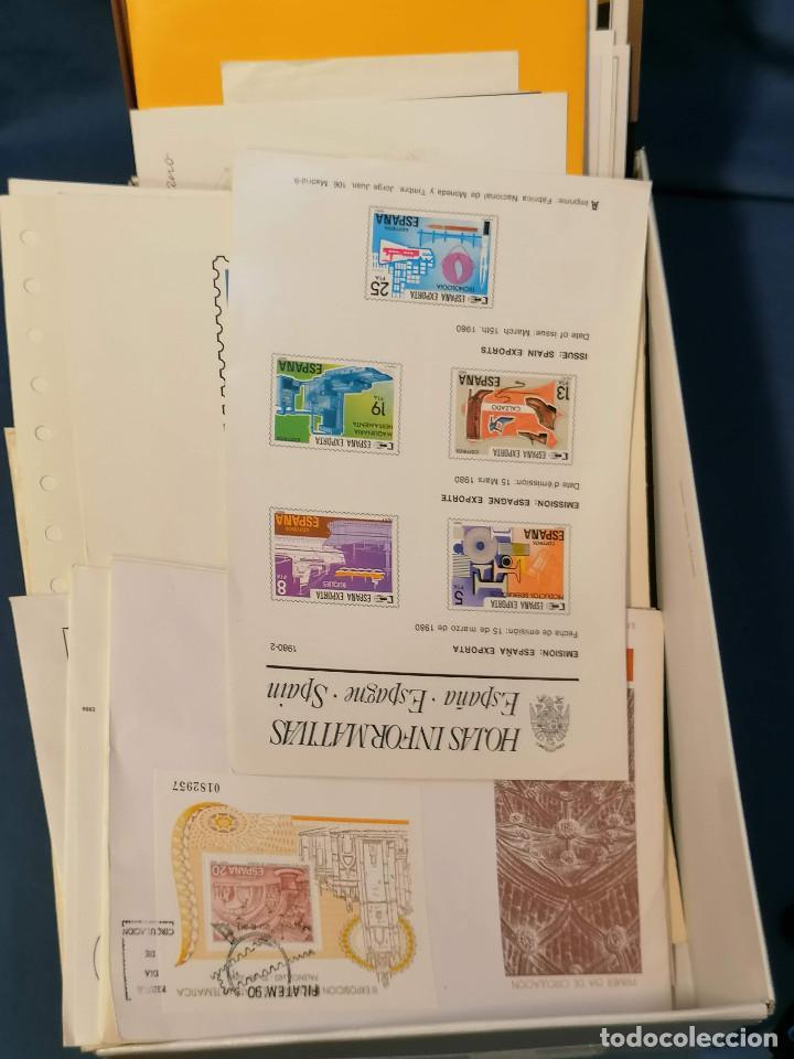 ESPAÑA LOTE SELLOS CAJA CON DOCUMENTOS FILATELICOS,SPD,SOBRES EXPOSICIONES MINIMO 200 APROX (Sellos - Colecciones y Lotes de Conjunto)