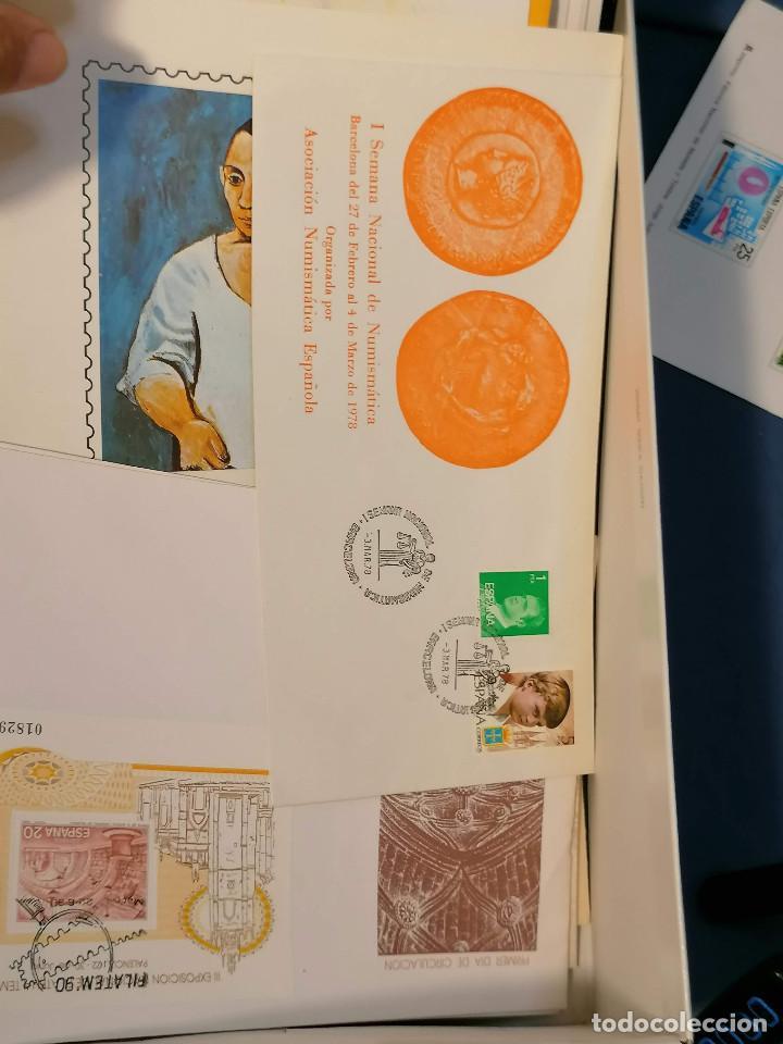 Sellos: España lote sellos caja con documentos filatelicos,spd,sobres exposiciones minimo 200 aprox - Foto 3 - 275496388