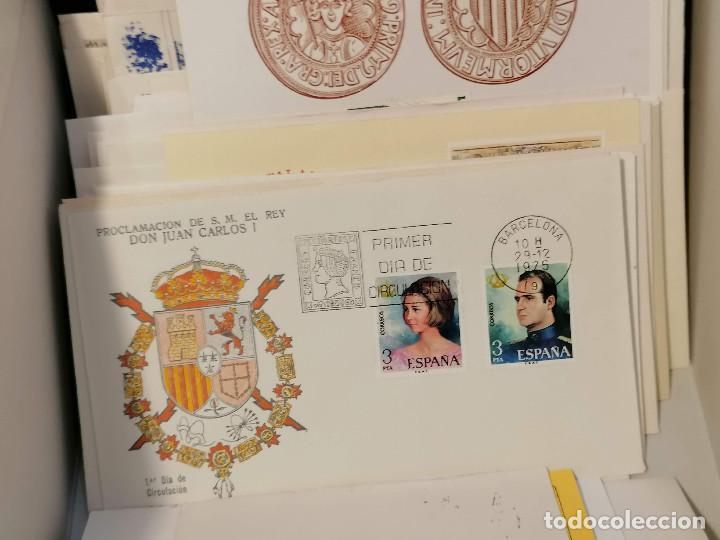 Sellos: España lote sellos caja con documentos filatelicos,spd,sobres exposiciones minimo 200 aprox - Foto 45 - 275496388