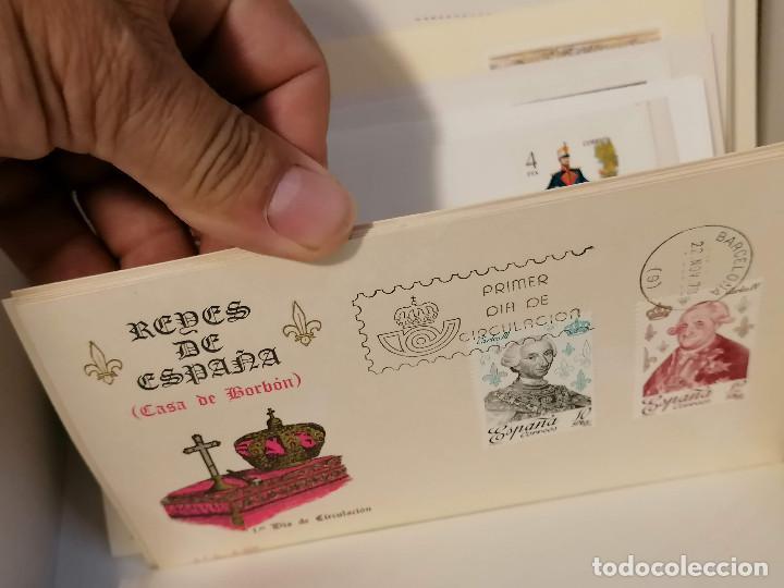 Sellos: España lote sellos caja con documentos filatelicos,spd,sobres exposiciones minimo 200 aprox - Foto 47 - 275496388
