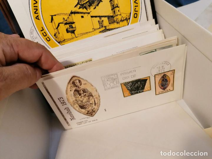 Sellos: España lote sellos caja con documentos filatelicos,spd,sobres exposiciones minimo 200 aprox - Foto 77 - 275496388