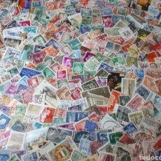 Sellos: 300 SELLOS USADOS DEL MUNO , LOS DE LA IMAGEN Y 1600. Lote 293430323