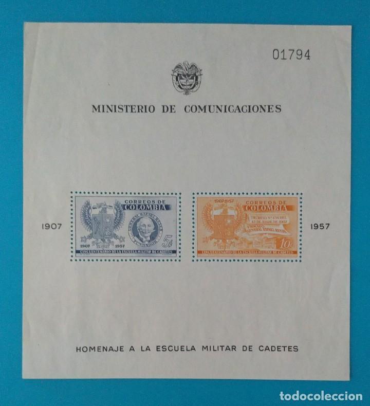 HOJITA SELLOS POSTALES COLOMBIA 1957 - 50 ANIVERSARIO DE LA ESCUELA MILITAR DE CADETES. (Sellos - Extranjero - América - Colombia)