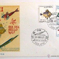 Sellos: SOBRE FILATELICO 1º DIA. SIDI IFNI 1967. DIA DEL SELLO 1967. PECES.. Lote 46260815