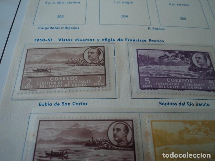 Sellos: GUINEA 1950/51 ED 277/292 17 valores vistas y efigie de franco NUEVOS restos charnela ver fotos - Foto 2 - 110023683
