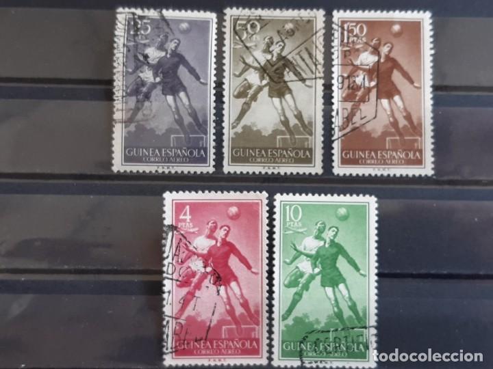 GUINEA , EDIFIL 350-354, 1955 FÚTBOL (Sellos - España - Colonias Españolas y Dependencias - África - Guinea)