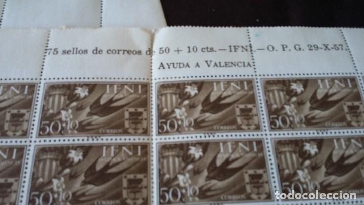 Sellos: IFNI SERIECOMPLETA 3X75, 1958 AYUDA A VALENCIA 142,143, 144 - Foto 2 - 205577495