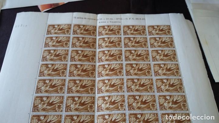 Sellos: IFNI SERIECOMPLETA 3X75, 1958 AYUDA A VALENCIA 142,143, 144 - Foto 4 - 205577495