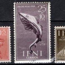 Sellos: IFNI 149/51* - AÑO 1958 - DIA DEL SELLO - FAUNA - PECES - BARCOS. Lote 210952140
