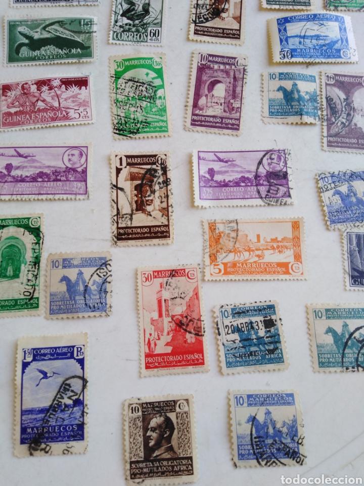 Sellos: Colección de sellos de correo ( 88 sellos en total trae el álbum ) - Foto 26 - 214555237