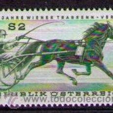 Sellos: AUSTRIA 1973 - DEPORTE - CARRERAS DE CABALLOS TROTONES - YVERT 1255. Lote 30298393