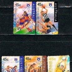 Sellos: AUSTRALIA, CENTENARIO DE LA LIGA DE FUTBOL AUSTRALIANA, EQUIPOS DE FUTBOL, USADO (SERIE CORTA). Lote 159881414