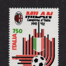 Sellos: ITALIA 1949** - AÑO 1992 - CLUB DE FUTBOL MILAN, CAMPEON DE ITALIA. Lote 194350485