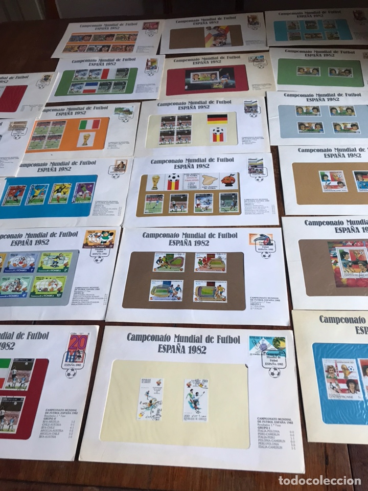Sellos: Lote de 21 sobre sellos campeonato mundial fútbol 1982 y regalo - Foto 2 - 207871870