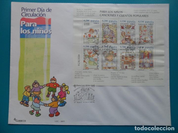 2005-ESPAÑA-FDC-HOJITA-BLOC-(SOBRE GRANDE)-PARA LOS NIÑOS-CANCIONES Y CUENTOS POPULARES (Sellos - España - Entero Postales)