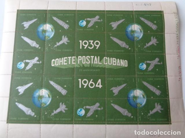 CUBA. COHETE POSTAL CUBANO. 1939 1964. HOJA BLOQUE 25 SELLOS 1 CENTAVO. HOJA COMPLETA NUEVA, SIN USO (Sellos - Temáticas - Conquista del Espacio)
