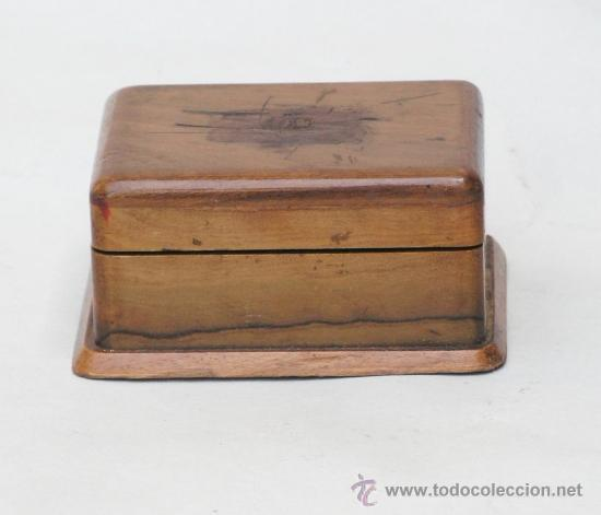 CAJA DE MADERA EN MINIATURA PARA SELLOS. BIEDERMEIER. ALEMANIA 1820-50 (Sellos - Material Filatélico - Estuches)