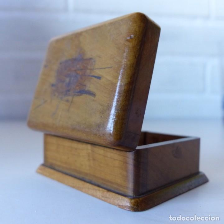 Sellos: Caja de madera en miniatura para sellos. Biedermeier. Alemania 1820-50 - Foto 6 - 32803109