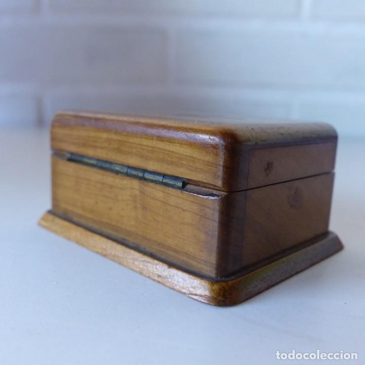Sellos: Caja de madera en miniatura para sellos. Biedermeier. Alemania 1820-50 - Foto 12 - 32803109
