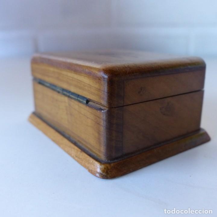 Sellos: Caja de madera en miniatura para sellos. Biedermeier. Alemania 1820-50 - Foto 13 - 32803109
