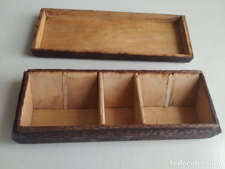 Sellos: Antigua caja cajita de madera para sellos, pirograbado con pájaros. - Foto 10 - 245199085