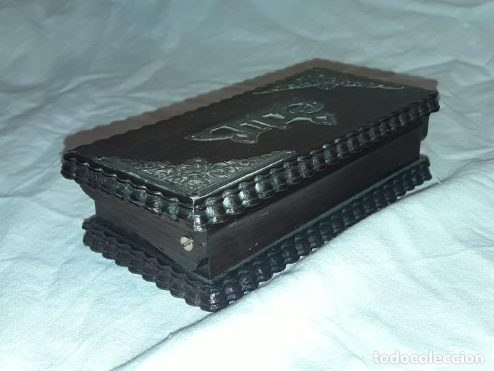 Sellos: Bella caja o estuche de madera maciza tallada para sellos con adornos de plata 925 punzonada - Foto 6 - 286382513