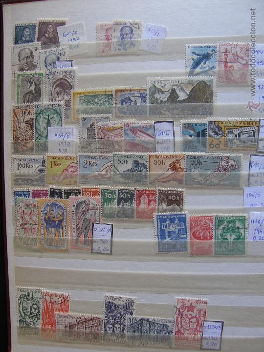 Sellos: Checoslovaquia. Lote de series completas y hojas bloque en archivador. - Foto 4 - 131596993