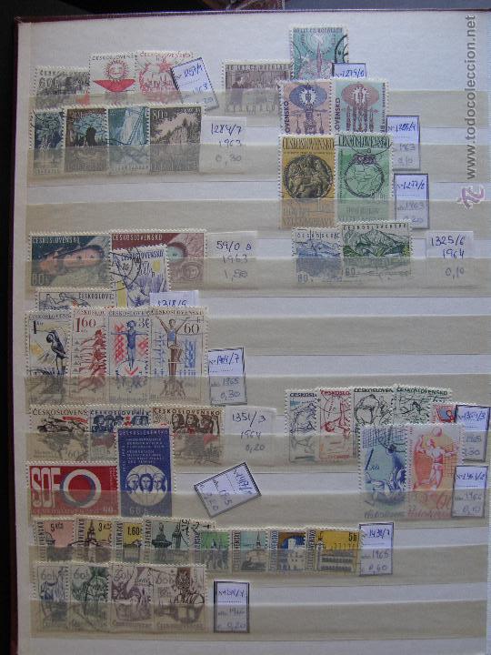 Sellos: Checoslovaquia. Lote de series completas y hojas bloque en archivador. - Foto 6 - 131596993