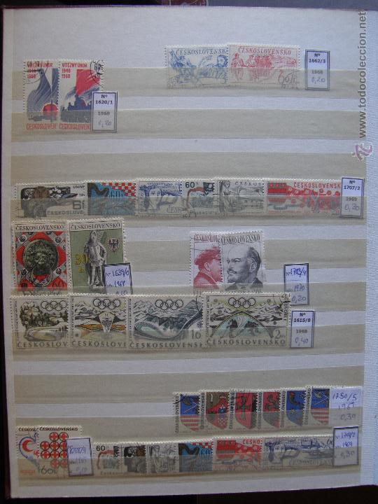 Sellos: Checoslovaquia. Lote de series completas y hojas bloque en archivador. - Foto 8 - 131596993