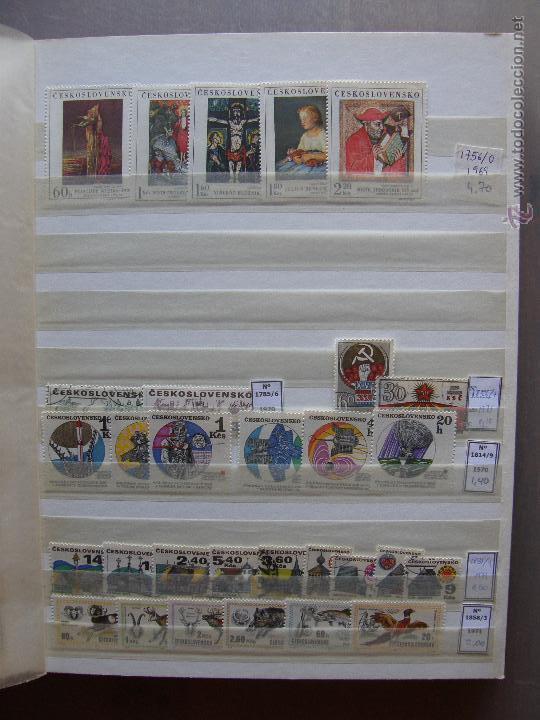 Sellos: Checoslovaquia. Lote de series completas y hojas bloque en archivador. - Foto 9 - 131596993