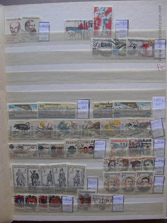Sellos: Checoslovaquia. Lote de series completas y hojas bloque en archivador. - Foto 13 - 131596993