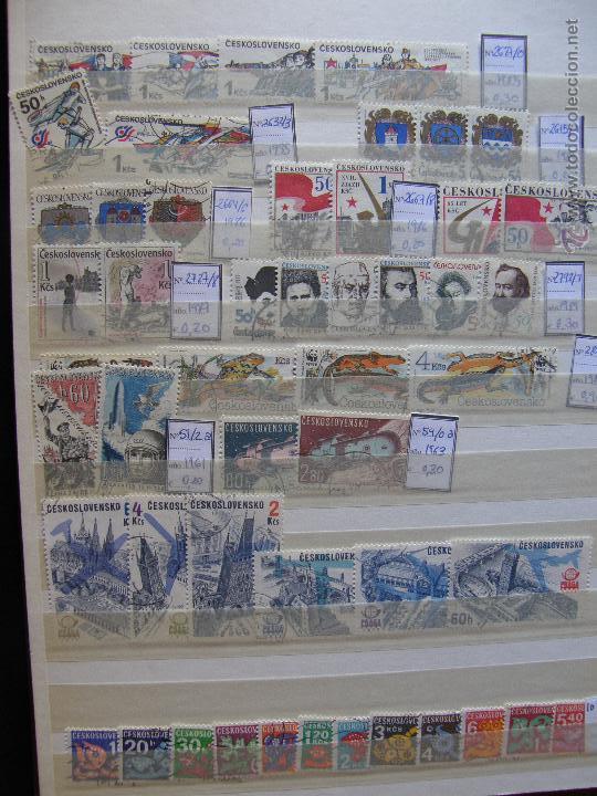 Sellos: Checoslovaquia. Lote de series completas y hojas bloque en archivador. - Foto 14 - 131596993