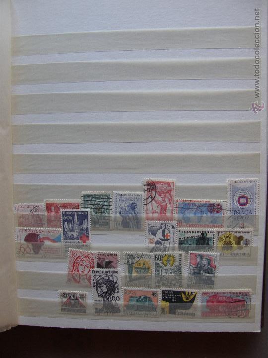 Sellos: Checoslovaquia. Lote de series completas y hojas bloque en archivador. - Foto 15 - 131596993