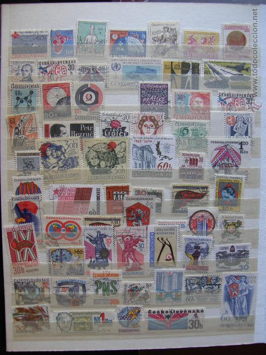 Sellos: Checoslovaquia. Lote de series completas y hojas bloque en archivador. - Foto 16 - 131596993