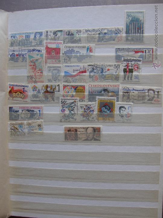 Sellos: Checoslovaquia. Lote de series completas y hojas bloque en archivador. - Foto 17 - 131596993